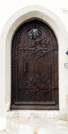 Beautiful Hammered Metal Hinges on this old Wood Arched Door! - November 02 2019 at Cool Doors, Unique Doors, Entrance Doors, Doorway, Front Doors, Door Knockers, Door Knobs, When One Door Closes, Closed Doors
