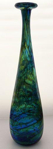 Seaward attenuated bottle - Isle of WIght Art Glass