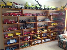 Tonka Collection Tonka Trucks, Tonka Toys, Wooden Toy Trucks, Wooden Toys, Antique Toys, Vintage Toys, Toy Display, Metal Toys, Displaying Collections