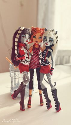 Doll Review by Frankie Nadine, via Flickr