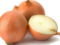 If you want to be fit, eat fresh vegetables. If you want to be healthy, eat fresh vegetables. If you want to lose weight, eat fresh vegetables. Types Of Onions, Cooking Onions, Vidalia Onions, Fatty Fish, Wheat Grass, Living A Healthy Life, Kidney Beans, Lower Cholesterol, Onions