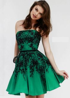 Green and Black Cocktail Dress Cocktail Dresses With Sleeves, V Neck Cocktail Dress, Black Cocktail Dress, Emerald Green Cocktail Dress, Emerald Green Dresses, Emerald Homecoming Dress, Homecoming Dresses, Party Dresses, Long Formal Gowns