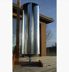 Make this budget friendly vertical axis diy wind turbine to generate energy at home. Great homesteading indeas by PioneerSettler.com at http://pioneersettler.com/diy-wind-turbine-generators-living-off-the-grid