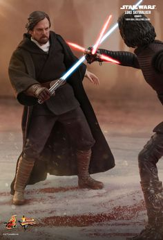 Hot Toys : Star Wars: The Last Jedi - Luke Skywalker (Crait) scale Collectible Figure Coleccionables Sideshow, Star Wars Pictures, Star Wars Costumes, Star Wars Film, Star Wars Wallpaper, Carrie Fisher, Last Jedi, Luke Skywalker, Star Wars Characters