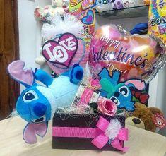 Valentine Bouquet, Birthday Gifts, Happy Birthday, Balloon Arrangements, Candy Bouquet, Ideas Para Fiestas, Valentines Day, Diy And Crafts, Balloons
