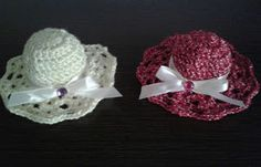 Plektodimiourgies: Πλεκτά καπελάκια Crochet Earrings, Crochet Hats, Blog, Fashion, Knitting Hats, Moda, Fashion Styles, Blogging, Fashion Illustrations