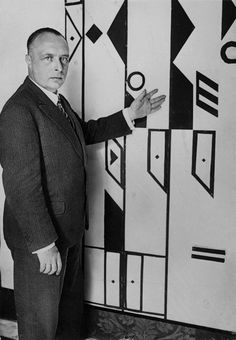 Rudolf von Laban lecturing on his dance notation system, 1928. Courtesy Estate of Suzanne Perrottet. CABINET // The Art of Movement