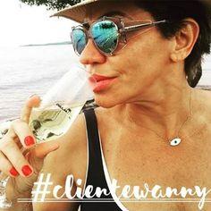 Um brinde à nossa linda cliente @marluciaa 🍸 #ClienteWanny #oticaswanny #Dior #experience #umbrinde