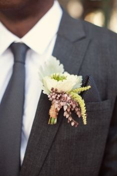 loving this boutonniere with a hint of purple! // photo by AshleyRosePhotography.com