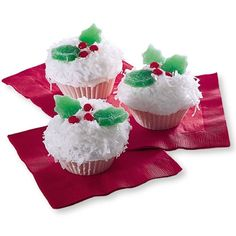 Holiday Cupcakes | pin @1magicmirror ♥ Chic But Not Shabby Cupcakes - #cupcake #christmas