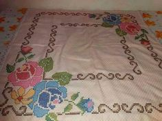 Bordado Tipo Chicken Scratch, Bargello, Embroidery Stitches, Gingham, Creations, Cross Stitch, Rugs, Crochet, Embroidered Towels
