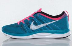 Nike Flyknit One+ | Neon Turquoise, Squadron Blue & Pink Flash