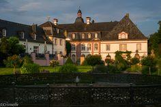 Abtei Rommersdorf mit Englischem Garten in Heimbach