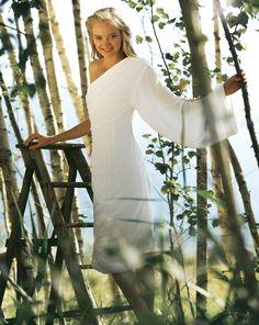 burda style, Schnittmuster, One-Shoulder-Kleid - Seidensamt 01/2012 #109, Feminines, figurbetones Kleid mit asymmetrischer Schulterpartie.