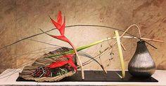 Gregor Lersch, Flora Design, Floral Arrangements, Flower Arrangement, Plant Hanger, Plants, Art Floral, Home Decor, Board