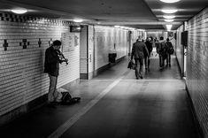 Street musician Lund