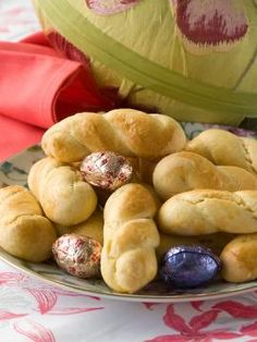 Πασχαλινά κουλούρια Summer Cookies, Baby Cookies, Easter Cookies, Heart Cookies, Valentine Cookies, Birthday Cookies, Christmas Cookies, Greek Sweets, Greek Desserts