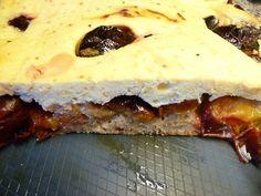 Suroviny na těsto smícháme a vypracujeme těsto, aby se nelepilo na mísu ani vařečku. Na náplň smícháme tvaroh, žloutky, pudingový prášek,... Sugar Free, Cheesecake, Food And Drink, Homemade, Fitness, Diabetes, Diet, Home Made, Cheesecakes