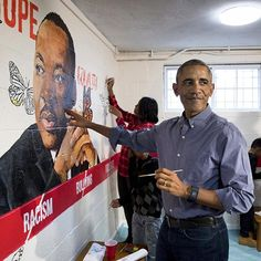 """Today, President Barack Obama and first lady Michelle Obama honored Dr. Martin Luther King Jr.'s legacy at the Jobs Have Priority Naylor Road Family Shelter in Washington, D.C. . The Obamas joined residents of the family shelter in painting a """"Wall of Hope"""" mural, depicting King surrounded by butterflies, on one wall of the shelter's community room. Across the country, King's memory is honored on #MLKDay through acts of service. . See images from #MLK's life via the link in our profile…"""