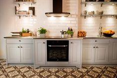 Marbodal Lindö ljusgrå i PLUS-utförande Kitchen Cabinets, House, Home Decor, Norway, Kitchens, Layout, Future, Google, Ideas