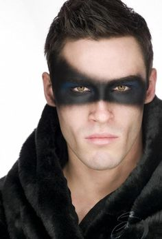 a great make up mask for a man