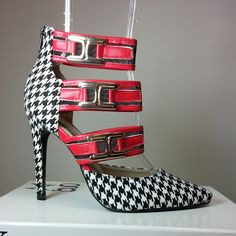 Pointy toe heels with black and white geometric print, red bands with buckles #cutesyoriginals