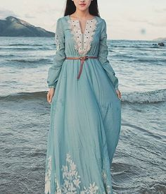 maxi-dress-long-sleeves-dress-spring