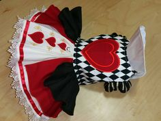 Red Queen Dog Costume by digginitdesigns on Etsy Pet Costumes, Family Costumes, Puppy Costume, Dog Accesories, Dog Tutu, Festival Costumes, Dog Clothes Patterns, Dog Items, Pet Clothes