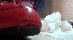 Заделка дефектов восковым карандашом. Ремонт обуви. - YouTube