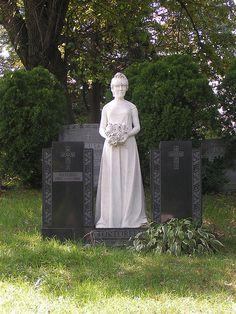 Brooklyn NY~Green-Wood Cemetery