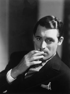 """""""Everyone wants to be Cary Grant. Even I want to be Cary Grant.""""  ― Cary Grant"""