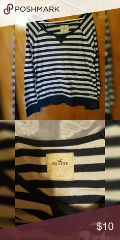 Hollister Stripped Long Sleeve Tee Pretty basic stripped long sleeve tee. Seagull in red down on left bottom side. Stripes are blue and white. Very comfy. No marks or stains. Hollister Tops Tees - Long Sleeve
