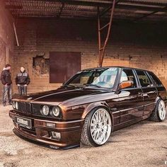 BMW from all over the world Appreciation thread - Page 48 Bmw Touring, Carros Bmw, Bmw Vintage, Bmw Sport, Bmw E30 M3, Bmw Autos, Bmw Classic Cars, Classy Cars, Aston Martin