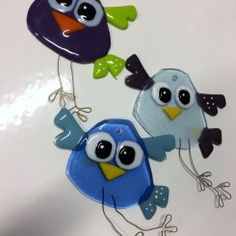 glasfigurer til ophæng Fused Glass Ornaments, Fused Glass Art, Stained Glass, Glass Fusion Ideas, Wine Bottle Candles, Fire Art, Glass Animals, Glass Birds, Projects To Try