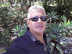 Por Aguiasemrumo: Romulo Sanches de Oliveira.   Não existe um caminho para a felicidade. A felicidade é o caminho.