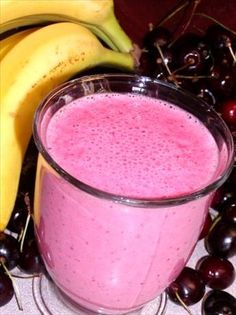 This sounds so delish!! The bananas and cherries will help de-bloat, while the almond extract ties it all together!! MMMMM!!