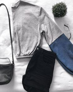 A grey sweater with jeans sleeves. A minimalist, comfortable, warm and oversized shirt. All our products are made with care and love in Montreal. Pull Gris, Grey Jeans, Oversized Shirt, Grey Sweater, Drawstring Backpack, Warm, Sleeves, Sweaters, How To Make