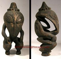 Ancient Aliens In New Guinea – Extraordinary Figures Of Unknown Beings Aliens And Ufos, Ancient Aliens, Ancient History, European History, American History, Arte Tribal, Tribal Art, Alien Theories, Alien Art