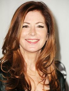 Dana Delany rocks gentle curls with a red glow. Her long, side-swept layers and bounce give her look a youthful feel. Born with straight hair? Take a curling iron and curl strands away from the face. 50 Year Old Hairstyles, Short Hairstyles For Women, Straight Hairstyles, Cool Hairstyles, Layered Hairstyles, Hairstyle Ideas, Long Hairstyle, Long Haircuts, Woman Hairstyles