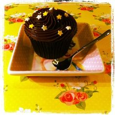 Cupcake Triple Chocolate - Receitas de Cupcake - I COULD KILL FOR DESSERT