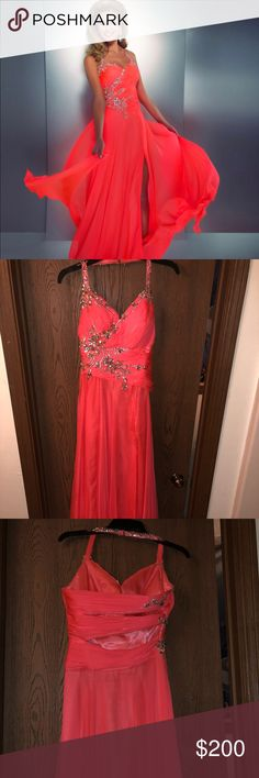 Prom Dress Beautiful embellished Mac Duggal prom dress from the 2014 Cassandra Stone collection. This dress is a size 4 and in good condition. Worn once and originally purchased for $500. Will take reasonable offers. Mac Duggal Dresses Prom