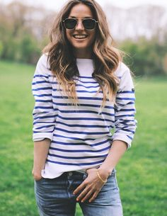Aviators + stripes.