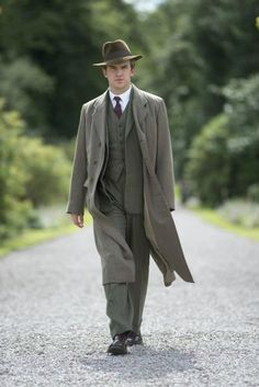 Matthew Crawley looking so very dapper!... Let me say I am not mad at Dan Stevens or Julian Fellows for what happened. I am just sad about Matthew. I loved him so much.