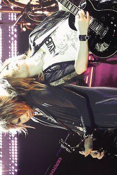Aoi, Uruha, the GazettE