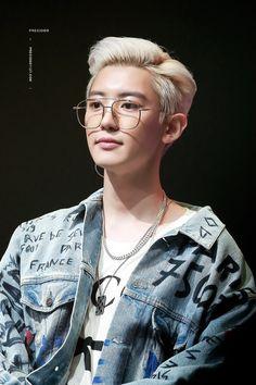 Chanyeol [HQ] 190808 'What a Life' Promotion Event Exo Chanyeol, Kyungsoo, Exo Ot12, Chansoo, Chanbaek, Kpop, Rapper, Z Cam, Kim Minseok