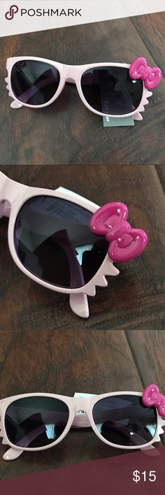 Pink Girl's Sunglasses Girl's Sunglasses with Hello Kitty style. Great for spring/ summer. NEW. Accessories Sunglasses