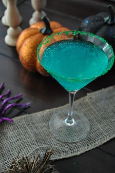 Make this delicious concoction for Hallowe'en or the witches in your life. You know you know one. ;)
