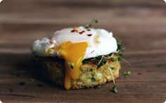 Quinoa cakes and fried egg