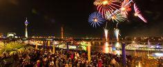 """Speziell für das Event im Rahmen des Japan-Tages reisen japanische Feuerwerksexperten nach Düsseldorf an. Auch das """"Hanabi"""", die landestypische Pyrotechnik aus dem Land der aufgehenden Sonne, trifft bereits Wochen vor der Veranstaltung ein."""