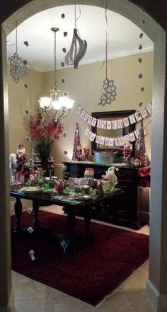 Breakfast Christmas Party Elves Ideas For 2019 Christmas Party Pictures, Christmas Party Nights, Christmas Pajama Party, Office Christmas, Christmas Tea, Xmas Party, Christmas Movies, Christmas 2019, All Things Christmas